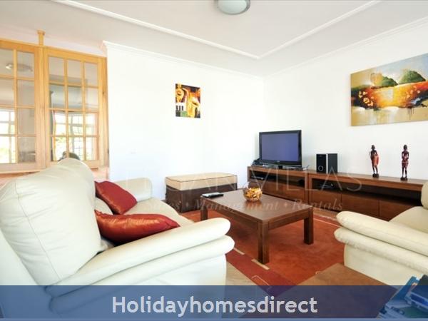 Villa Lago sitting room area in Portugal