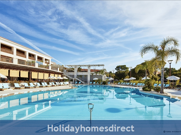 Monte Da Quinta Suites, Quinta Do Lago – 5 Star Resort, 1 and 2 bedroom suites