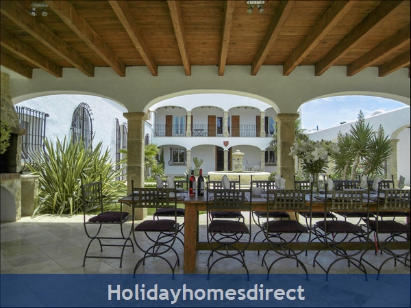 Large Mexican Hacienda - 6 Bedrooms - 14 Guest - 5 Minutes From The Beach: Terrace Onlooking Inner Patio