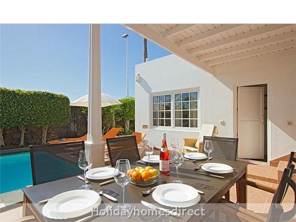 Villa Antares, Puerto Del Carmen, Lanzarote: Image 2