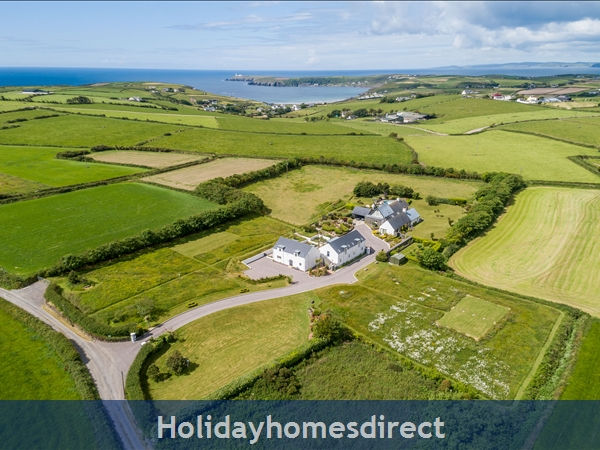 Ballynoe House Guesthouses (Aerial View)