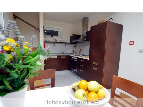 Superb 4 Bedroom Villa In Splitska, Brac Island (bc023): Image 3