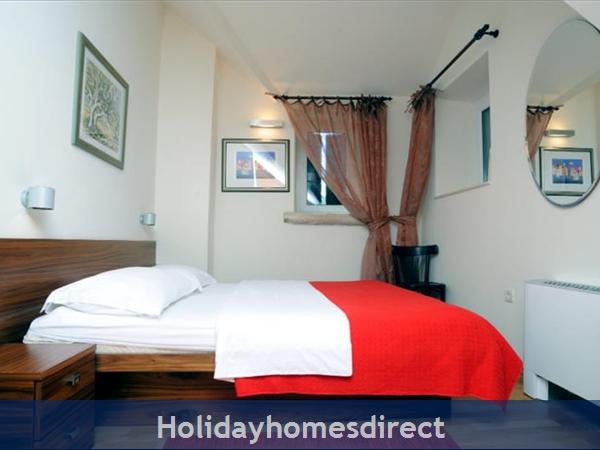 Superb 4 Bedroom Villa In Splitska, Brac Island (bc023): Image 2