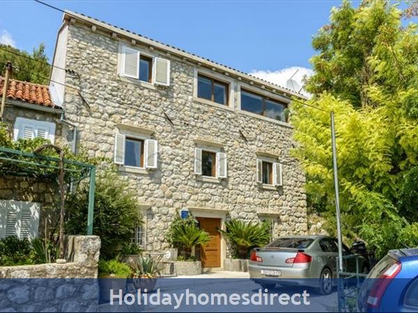 Four Bedroom Stone Villa With Pool Near Dubrovnik (du065): Image 3