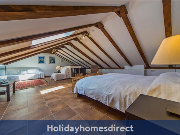 Five Bedroom Villa In Cavtat Near Dubrovnik With Sea Views (du122): Image 6