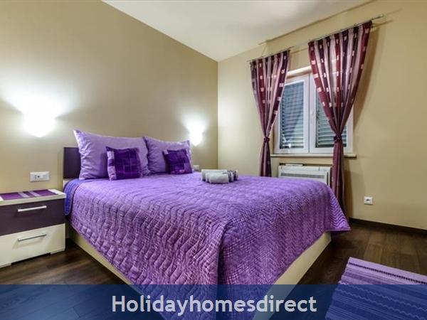 6 Bedroom Villa With Pool In Konavle Valley, Near Dubrovnik - Sleeps 12 (du130): Image 9