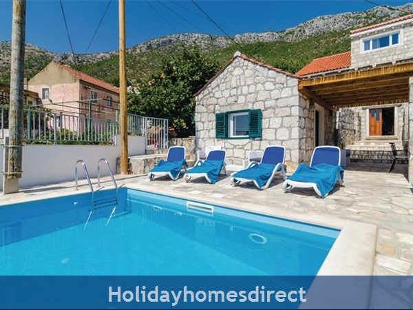 3 Bedroom Villa with Pool in seaside Brsecine near Dubrovnik, sleeps 6 ( DU167)