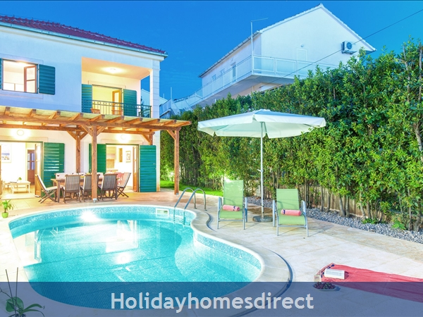 Villa Mare, Hvar – 4 bedroom villa with poo