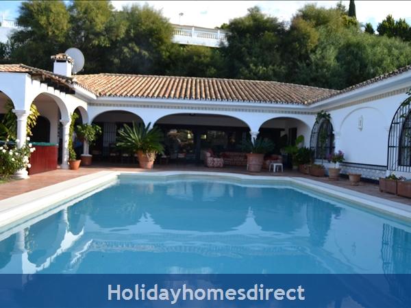 Casa Michael - El Paraiso Medio, Marbella: Image 2