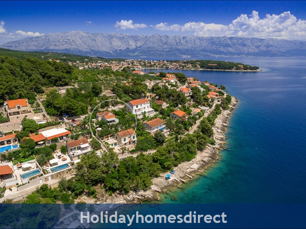 Holiday House Pupa, Sumartin, Brac Island – 3 Bedroom House: Image 2