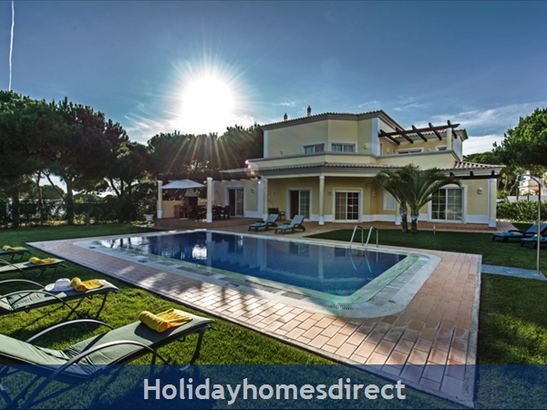 Casa Vila Sol – 4 Bedroom Holiday Villa In Vilamoura Algarve: Image 1