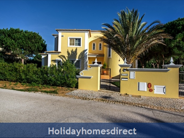 Casa Vila Sol – 4 Bedroom Holiday Villa In Vilamoura Algarve: Image 6