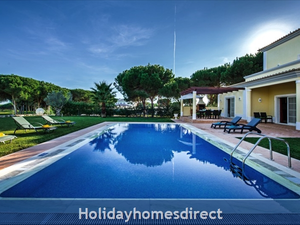 Casa Vila Sol – 4 Bedroom Holiday Villa In Vilamoura Algarve: Image 3