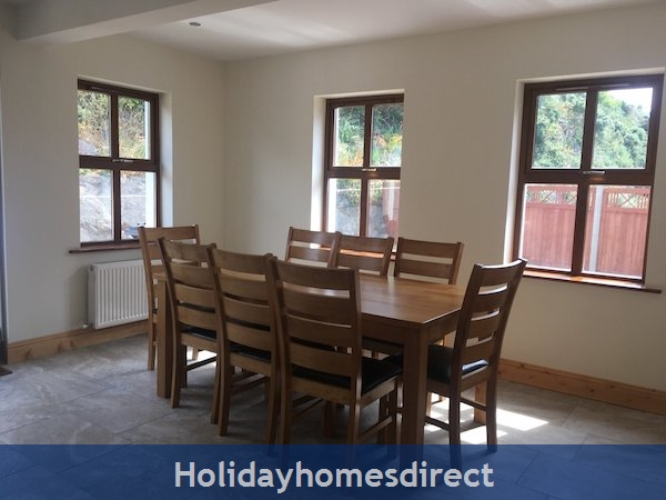 Holiday Home To Rent In Dingle Town: Image 4