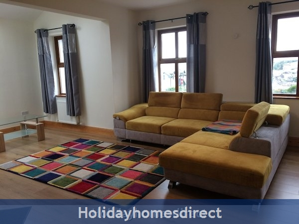 Holiday Home To Rent In Dingle Town: Image 5