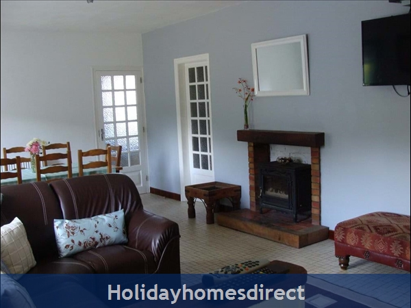 Holiday Homes Brittany With Heated Salt Water Pool: Image 2