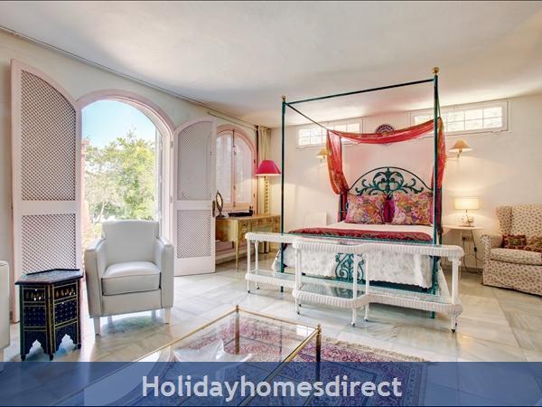 Puerto Banus Luxury Villa: Image 11