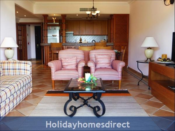 Pine Cliffs Golf Suites - 2 And 3 Bedroom Suites - Olhos De Agua Albufeira: Image 4