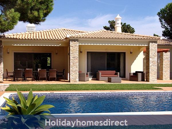 Villa Galeo, Vilamoura – 5 bedroom villa with private pool