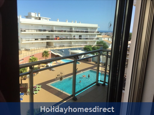 Solario De Sao Jose,3 Lovely Apartments From 450 Euros A/w, Games Room,free Squash Court,swing Park,bbq's On The Roof,sauna And A Free Gym.: Image 7