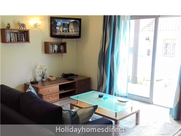 Lovely 2 Bedroom Apartment Aqua Brisa With Swimming Pool, Near Olhos D'agua Beach: Image 2