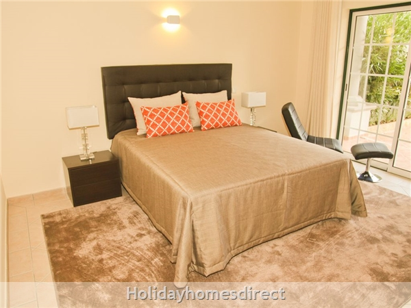 Four Bedroom Villa Close To The Beach (3158): Image 2