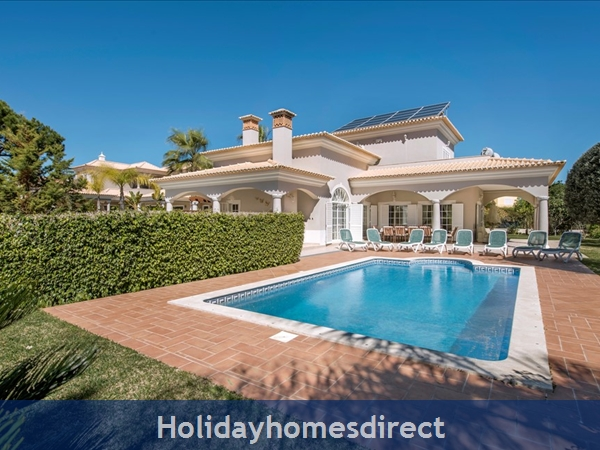 5 bedroom luxury villa at Vila Sol Vilamoura (1117)