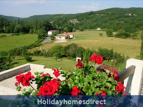 3 Bedroom Villa In St Medard  Near Cahors  South Of France: Image 2