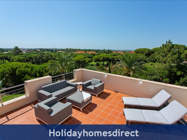 Casa James, Vilamoura, Is A Luxury 4 Bedroom Townhouse (fully Refurbished In 2018) And Located In The Beautiful, Gated Community Of Palmyra, Vila Sol.: Roof Terrace