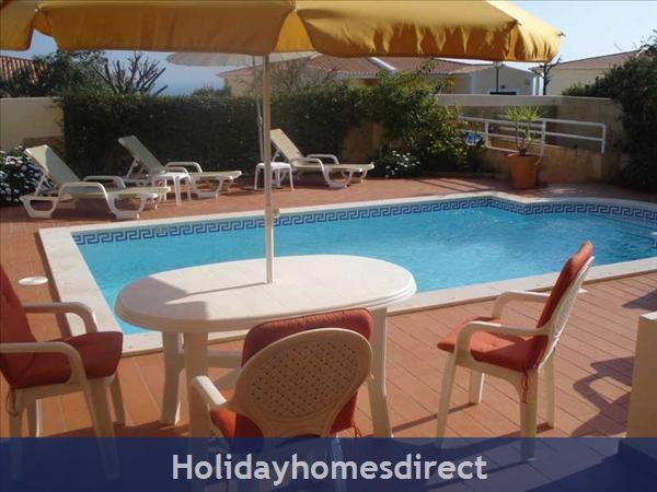 Casa Bela Nova .. Walk To The Beach, Private Pool And Seaviews !: Private Pool