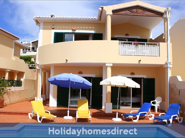Casa Bela Nova .. walk to the beach, private pool and seaviews !