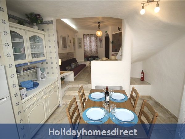 Casinha Town House. Within The Old Town Walls Of Lagos But Only 5 Mins From The Beach !: Image 5