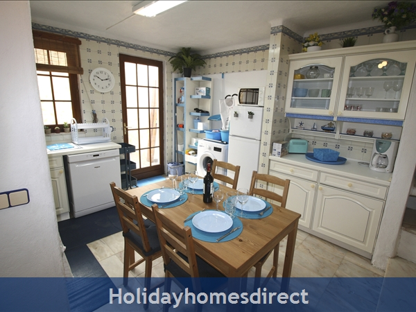 Casinha Town House. Within The Old Town Walls Of Lagos But Only 5 Mins From The Beach !: A Casinha