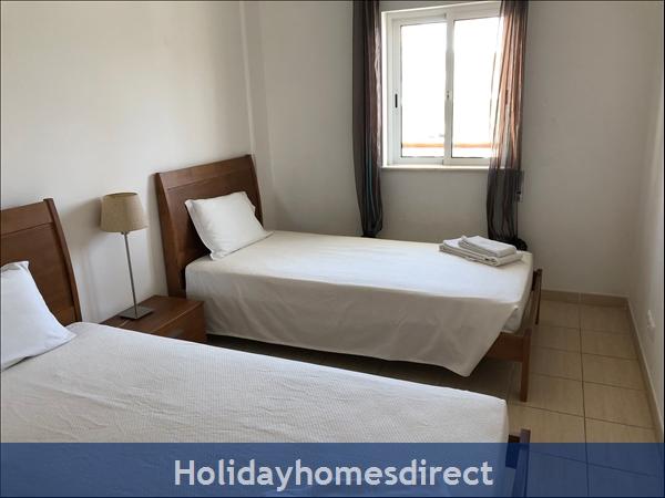 Encosta Apartment: Image 3