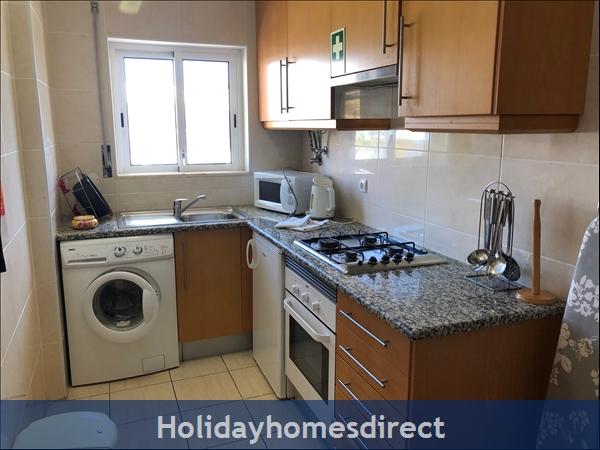 Encosta Apartment: Image 4