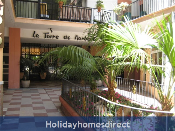 La Torre Marbella ,costa Del Sol ,spain: Air con and ceiling fans for your comfort