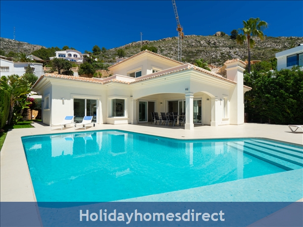 Holiday House Villa El Portet