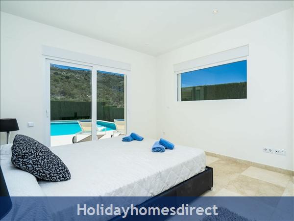 Holiday House Villa El Portet: Image 7