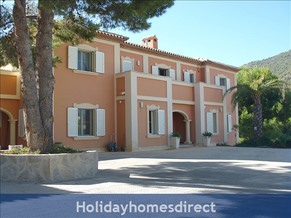 Holiday House L'Atzubia
