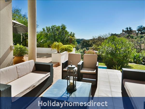 Holiday House Las Jacarandas: Image 4