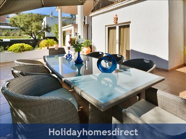 Holiday House Las Jacarandas: Image 6