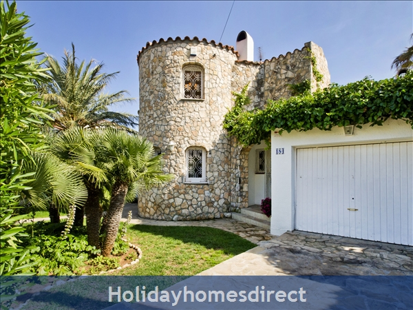 Holiday House Garbi