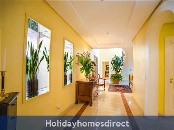Holiday House Oasis Muntaner: Image 4