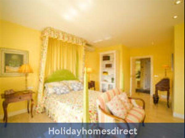 Holiday House Oasis Muntaner: Image 7
