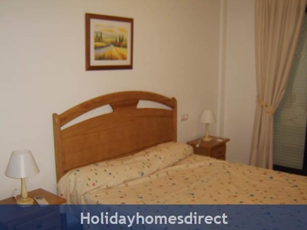 Playamarina Ii, Costa Blanca: Master Bedroom